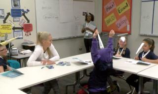 Lindsey Vonn hosts girls camp in Denver