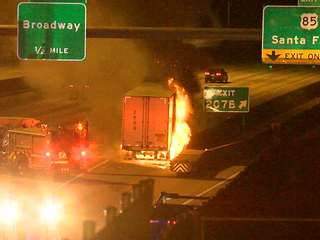 Semi-truck fire snarls I-25 traffic in Denver