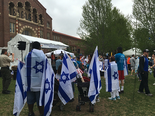 Community groups Walk for Israel in Denver