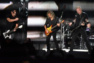 Photos: Metallica rocks Mile High