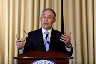 EPA head met with Dow CEO before pesticide ban