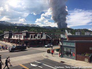 Breckenridge welcomes visitors despite wildfire
