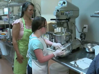 Best Buddies Cafe helps those with special needs