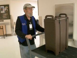 7Everyday Hero volunteers at Denver VA Hospital