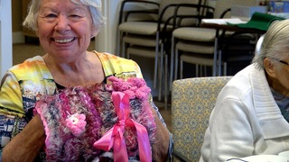 'Twiddlemuffs' ease anxiety from dementia