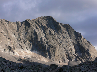 2 hikers found dead at base of Capitol Peak