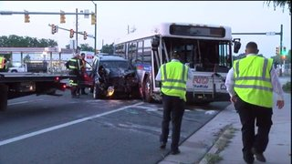 Police: DUI driver runs red light, hits bus