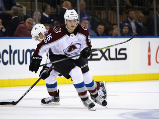 Avalanche beat Rangers 4-2 in season opener