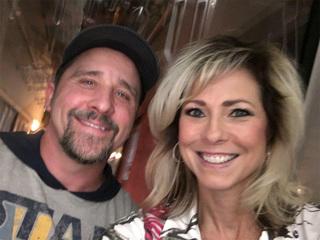 Vegas survivorto wife: 'I'm ok, I've been shot'