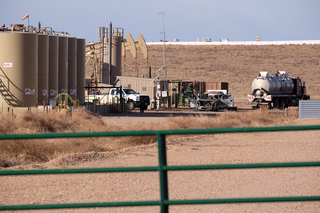 Oil worker injured in fire dies in Greeley