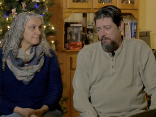 Aurora couple warns about Property Brothers scam
