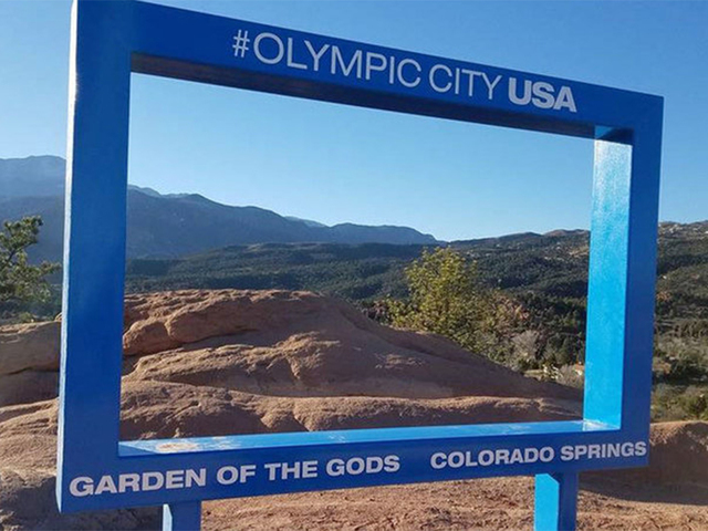 Blue Frame At Garden Of The Gods To Stay Until 2018 Despite Calls To