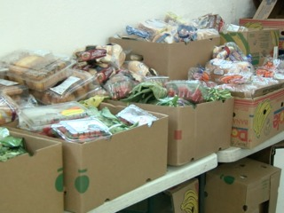 Denver food pantry hands out turkeys and food