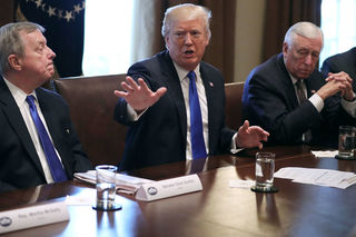 Details of bipartisan immigration deal emerge