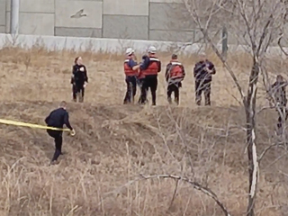 Police: Man's body found in South Platte River