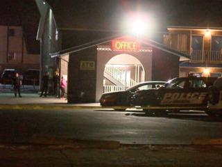 1 hurt in Wheat Ridge motel shooting