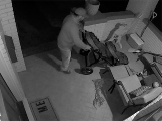 Man caught stealing stroller in surveillance vid