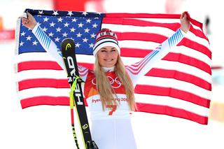 Lindsey Vonn earns bronze in downhill run
