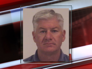 Ex police chief gets probation for gun thefts