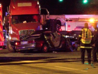 1 dead in Fort Collins crash involving semi
