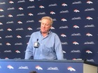Elway keeps options open in critical draft