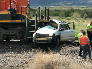 2 dead after car-train collision in DougCo