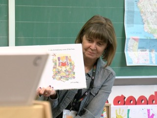 7Everyday Hero Judy Pottle created a library