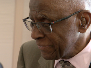Lakewood Tuskegee Airman turns 95