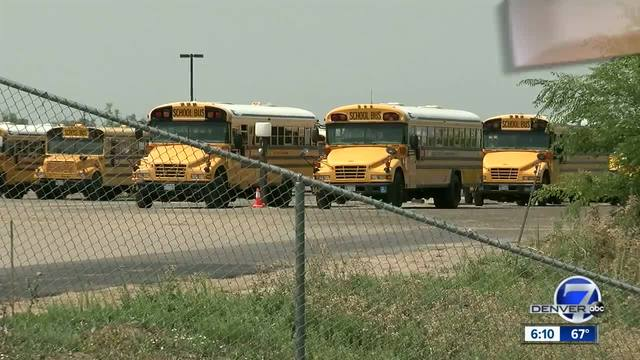 Busing snafu leaves kids waiting for a ride in Thornton