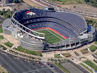 Broncos ticket fight: fans quarrel over seats