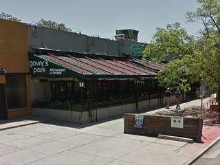 Closing restaurant holds job fair for its staff