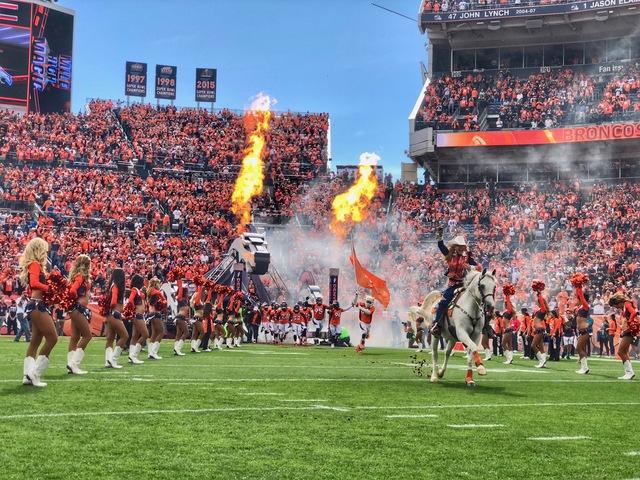LIVE BLOG: Raiders vs. Broncos at Mile High