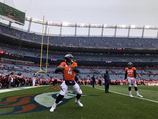 LIVE BLOG: LA Rams take on the Denver Broncos