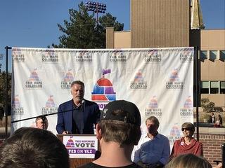 Schwarzenegger came to Denver to talk politics