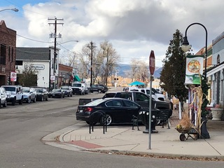 Development freeze worries Niwot business owners